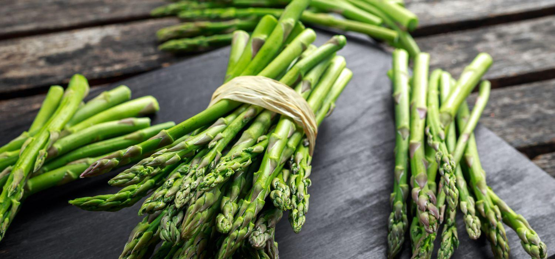 a few bunches of asparagus